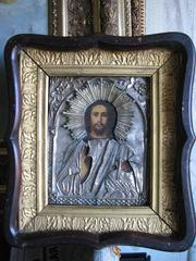 Икона стариннаяГосподь Вседержитель 19 века,   в посеребренном окладе.